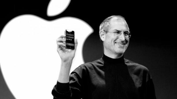 La morte di Steve Jobs venne definita da Samsung la più grande opportunità per sconfiggere l'IPhone